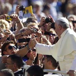 Francisco y sus fieles