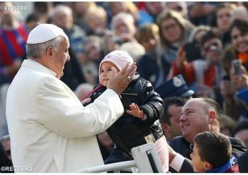 El Papa Francisco celebra la primera audiencia general del Año Santo de la Misericordia en la Plaza de San Pedro - REUTERS